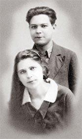 Григорий Пономарев с супругой Ниной Сергеевной Увицкой в молодости