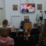 Разговор с ребятами из курганского детского дома «О праздниках православных и не очень» в храме иконы Пресвятой Богородицы Порт-Артурской города Кургана