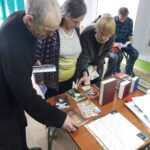 Сегодня  в Центре социального обслуживания населения, отделении социальной адаптации,  сестры  милосердия Порт-Артурского храма провели еженедельное занятие .   Занятие было посвящено Дню православной книги, который ежегодно празднуется 14 марта.
